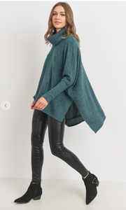 Holly Hunter Green Turtleneck Tunic