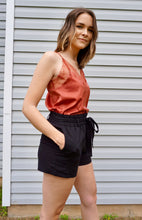 Load image into Gallery viewer, Tie Waist Linen Black Shorts