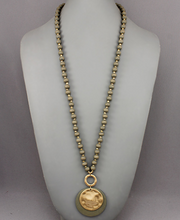 Load image into Gallery viewer, Layered Disc Bead Necklace