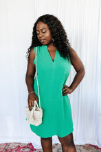 Load image into Gallery viewer, City Chic Kelly Green Shift Dress
