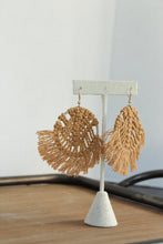 Load image into Gallery viewer, Round Macrame Earrings