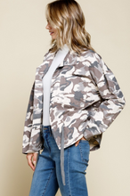 Load image into Gallery viewer, Gwen Camo Jacket