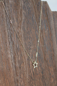 Simple Star Stone Necklace