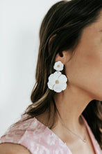 Load image into Gallery viewer, Queen City White Flower Earrings