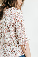 Load image into Gallery viewer, Brunching Ladies Floral Top
