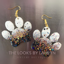 Load image into Gallery viewer, Paw Print Earrings