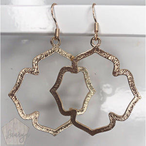 Brushed Gold Quatrefoil Earrings - The Looks by Lauryn