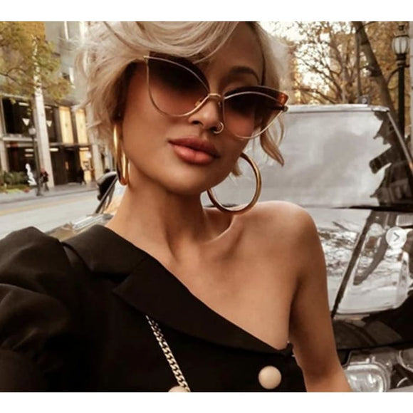 Paris Darlin Sexy Cat Eye UV400 Designer Sunglasses for Women - Sunglasses