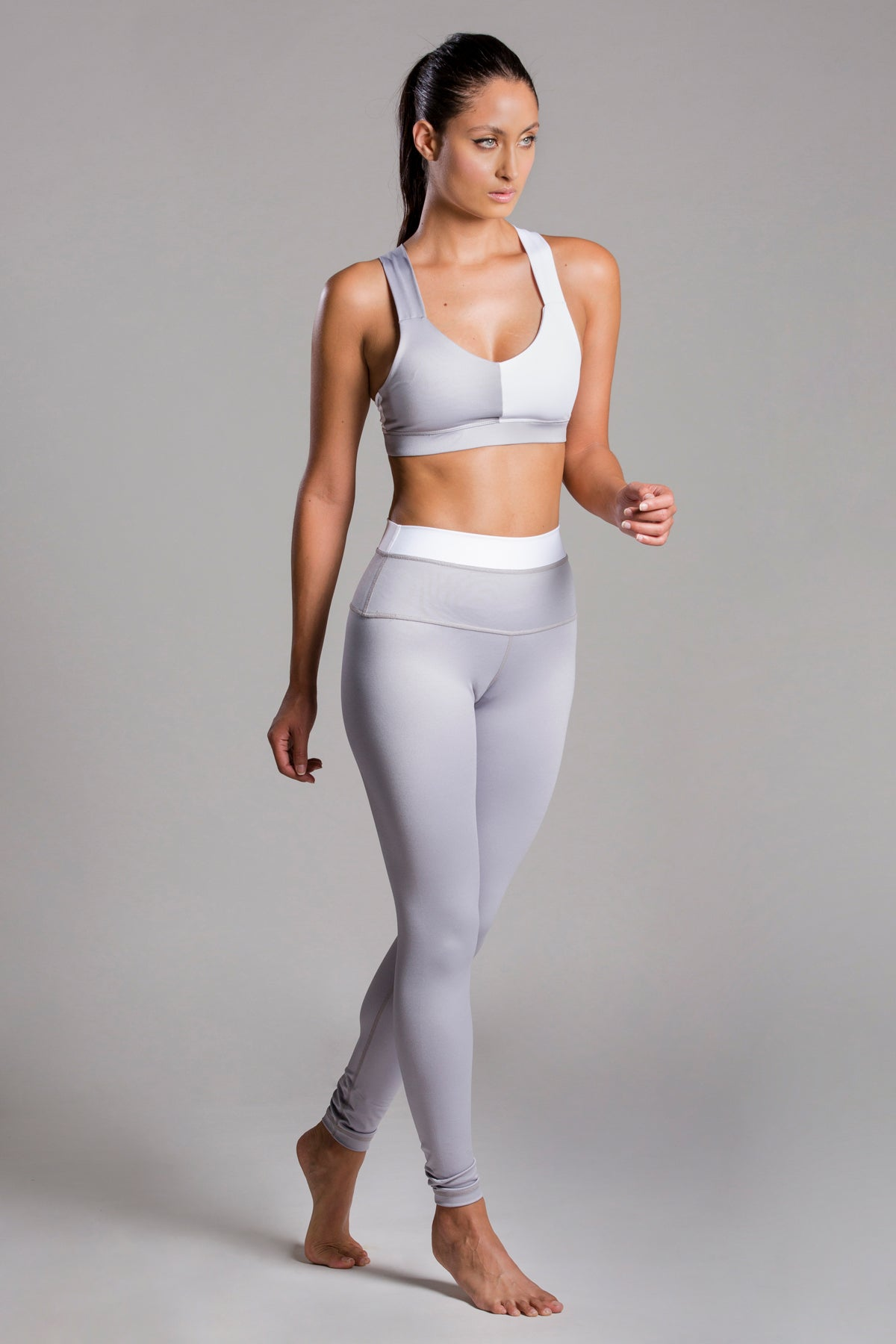 The Gray Due Total Look For Body Barre