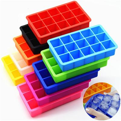 Image of Space Saving Ice Cube Maker