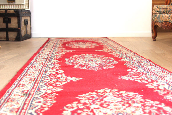 Long tapis rouge