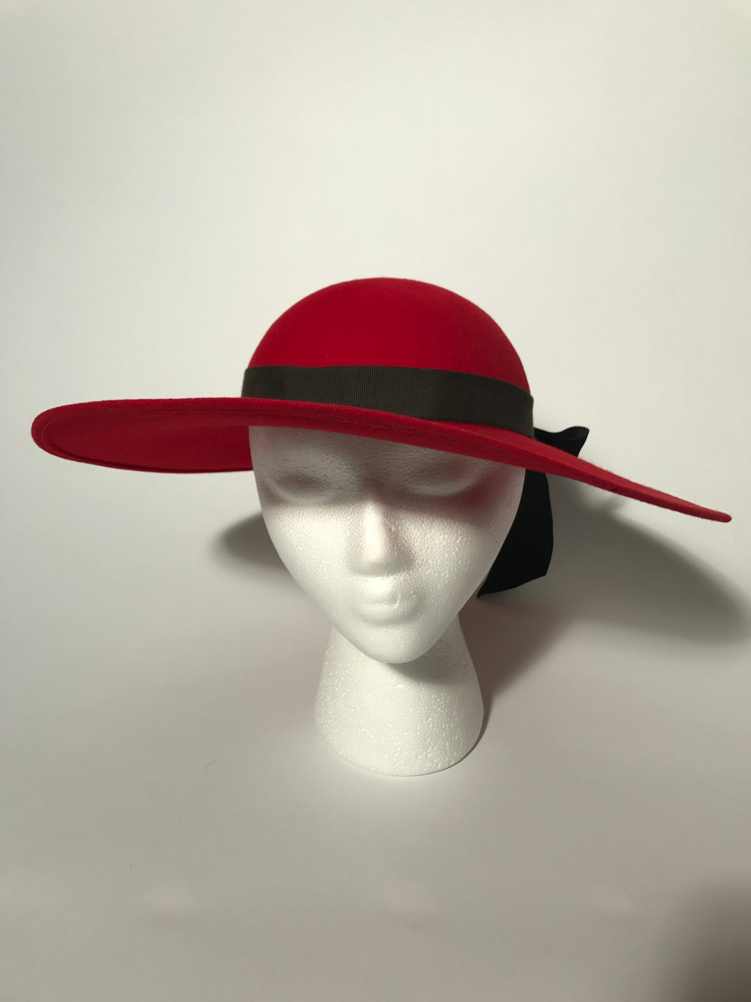 2fabd758cea ... Vintage Red Wool Pappagallo Madeline Wide Brim Hat With Black Ribbon ...