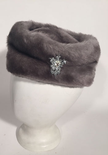 1960s Grey Faux Fur Pill Box Style Hat With Rhinestone Floral Spray Brooch