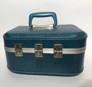 Vintage 1960s JC Penny Vintage Turquoise Blue Train Case Luggage