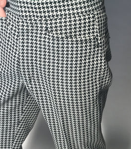 "Vintage Men's Black and White Houndstooth Polyester Pants Size 32"" Waist"