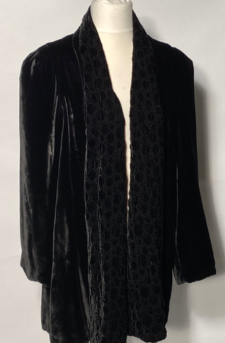 1940s Black Silk Velvet Evening Jacket Plush Perforated Design Lapel