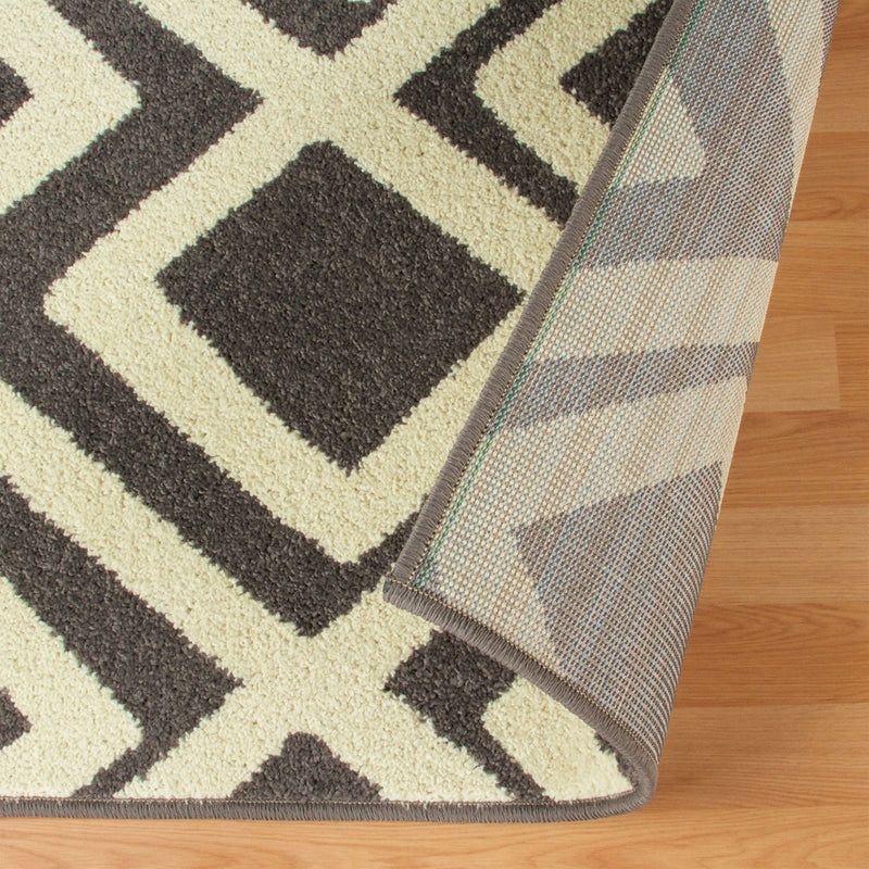 Flagstone Moroccan Contemporary Diamond Trellis Rug