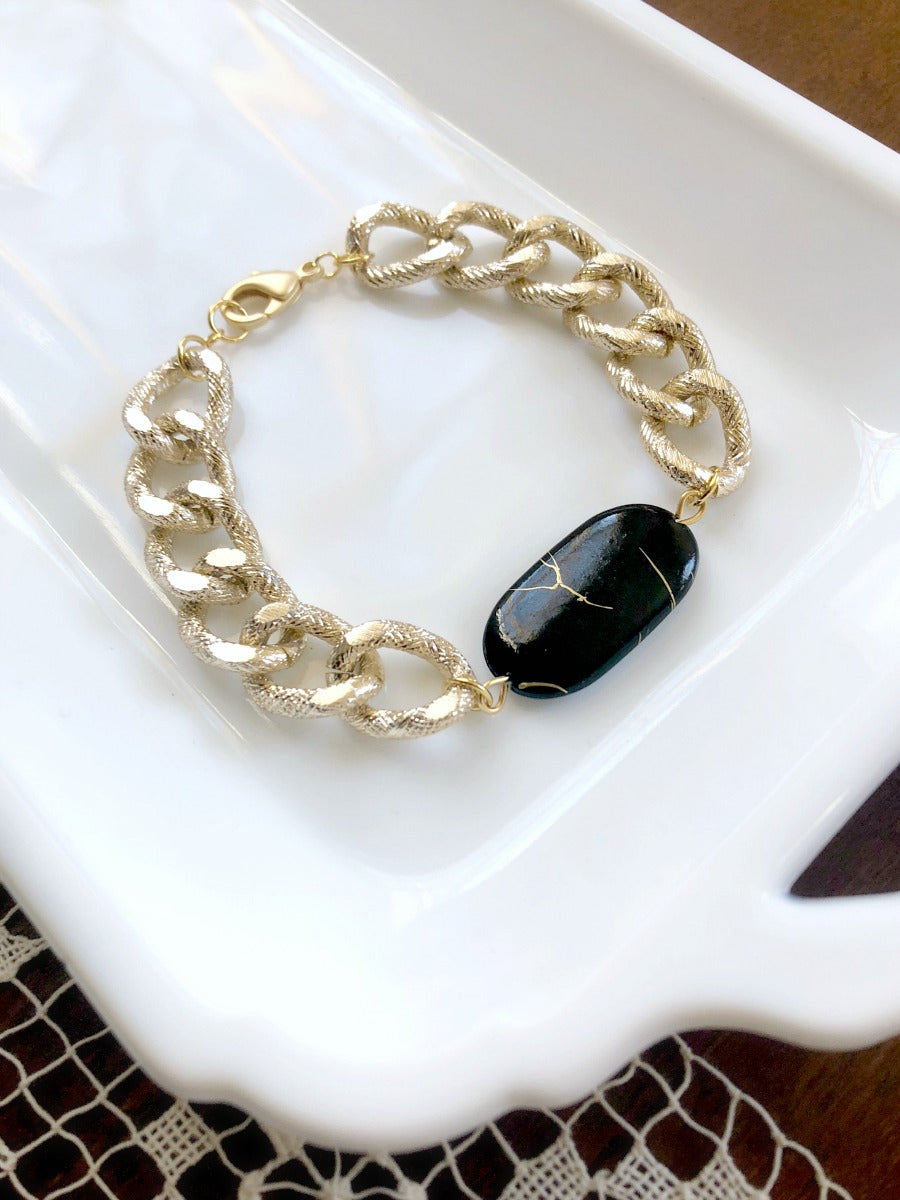 I AM WHOLE Black Chunky Gold Chain Bracelet