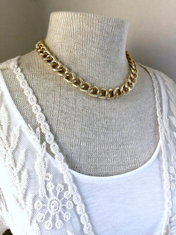 Gold Chunky Chain Necklace - Single Strand