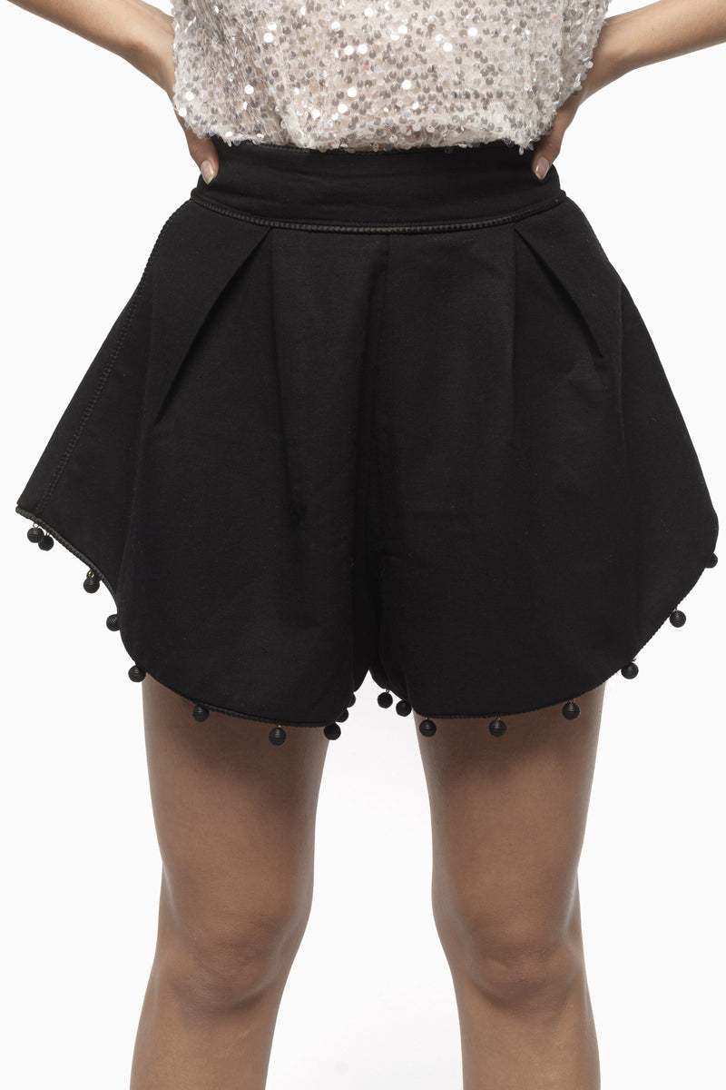 BRIT SHORT  NEGRO - BLANCO