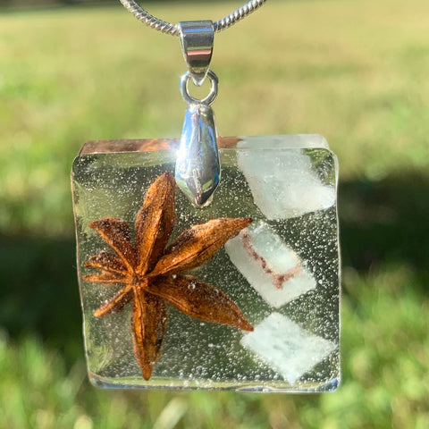 Green Calcite and Star Anise Pendant