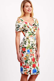 Model wearing the Diva Cindy Print dress with shoulder straps to create cold look in eden print front image