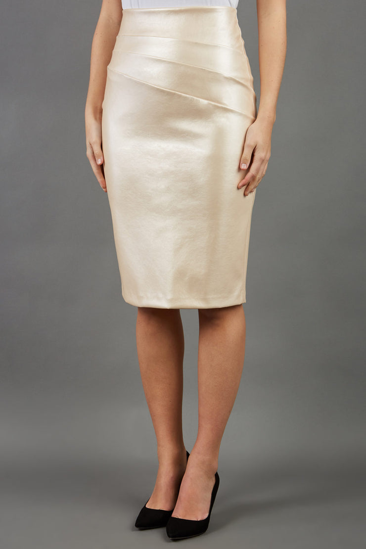 model wearing diva ashford faux leather pencil skirt in ivory front