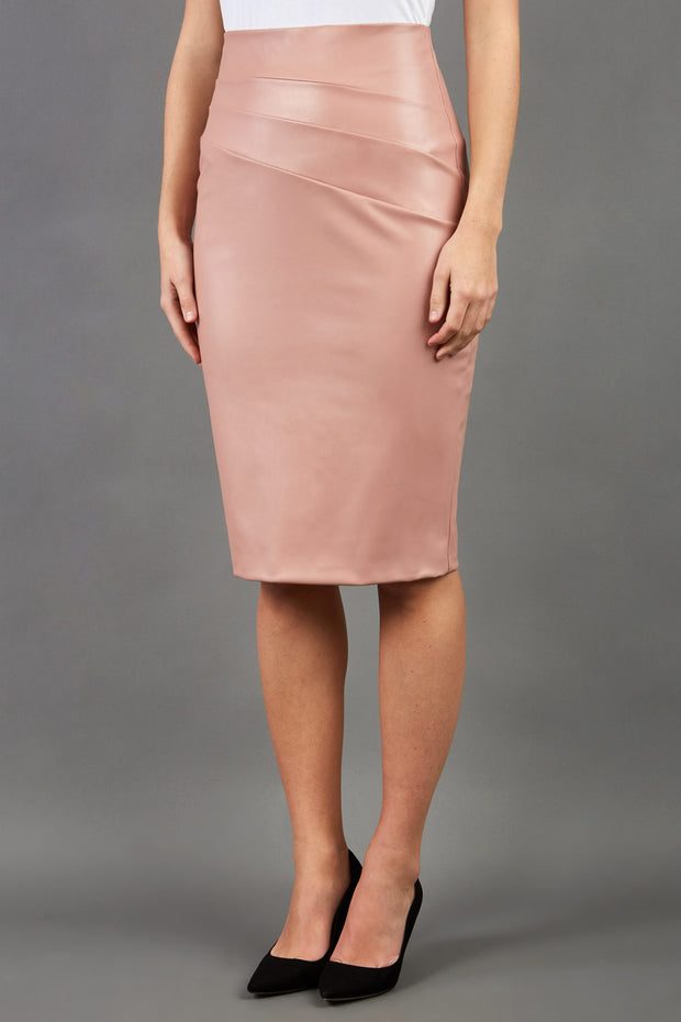 model wearing diva ashford faux leather pencil skirt in pink front