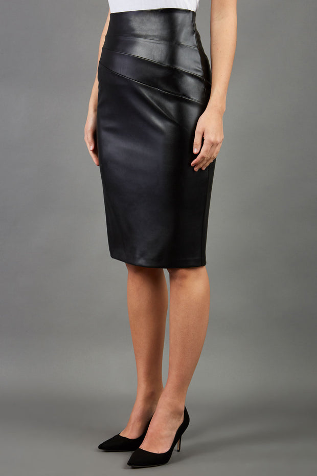 model wearing diva ashford faux leather pencil skirt in black front