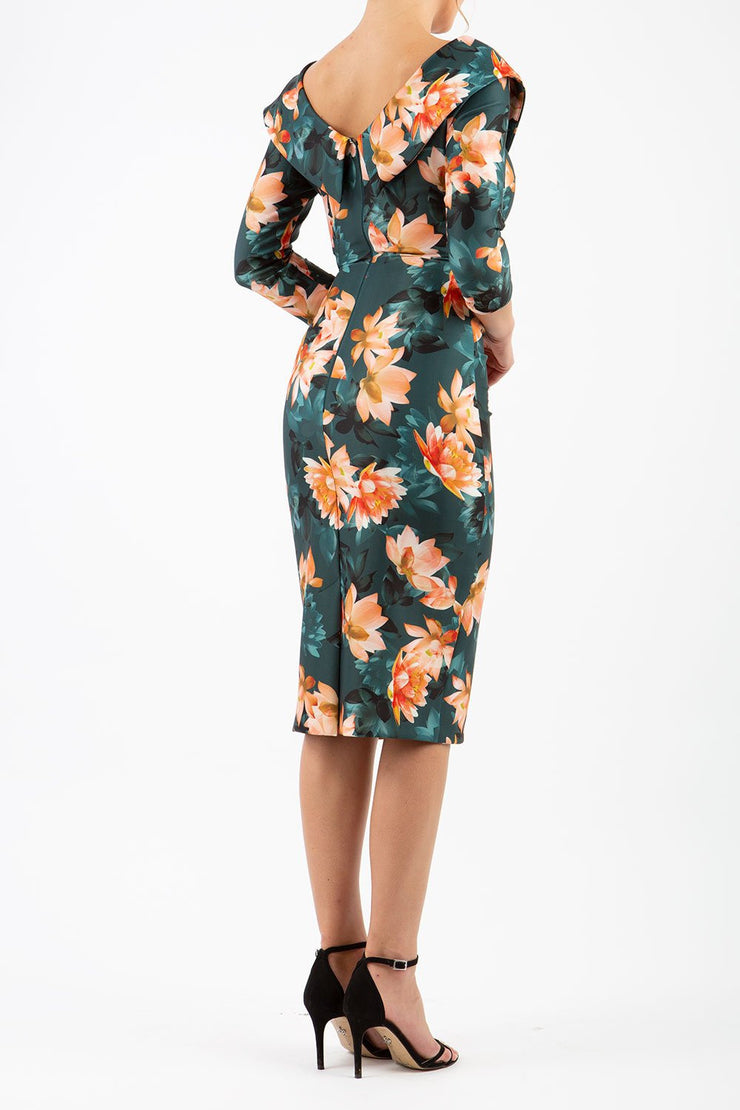 Eliza Contour Stretch 3/4 Sleeve Dress