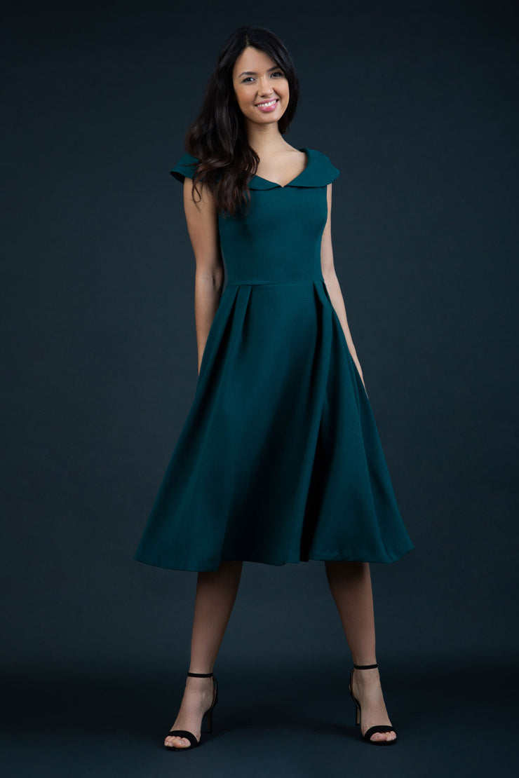 Chesterton Sleeveless  swing dress in forest green with oversized collar