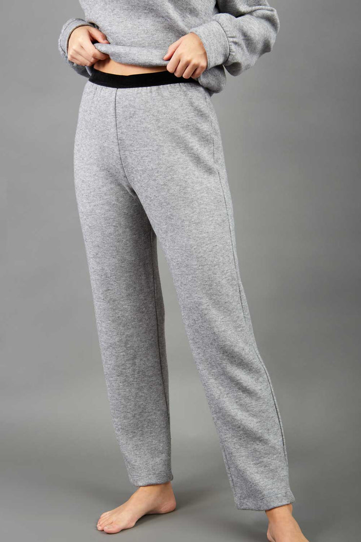 Model is wearing diva catwalk brody cashmere trousers long leg in flint grey colour front