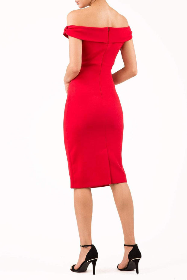 Model wearing the Diva Cloud Luxury Moss Crepe dress with cold shoulder design in scarlet red back image