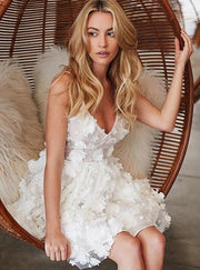 3D Floral Lace White Homecoming Dresses with V-neckline