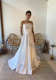 a-line-strapless-satin-wedding-dress-with-pockets-2