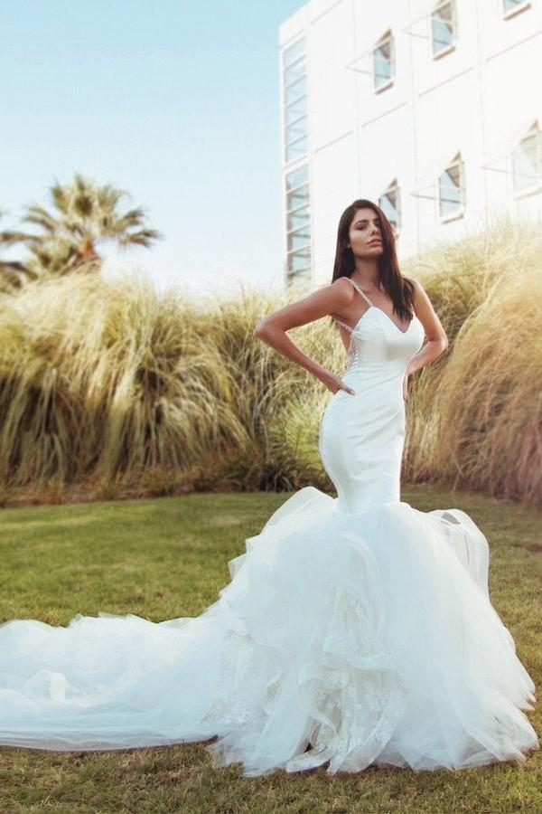 backless-mermaid-wedding-gown-dress-with-lace-cathedral-tulle-train-1