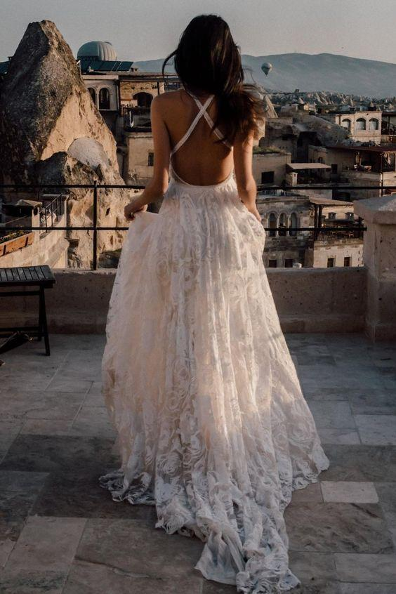 beach-lace-wedding-dresses-with-slit-side