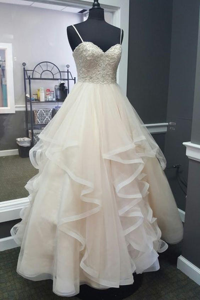 beaded-and-pearls-wedding-dresses-horsehair-skirt