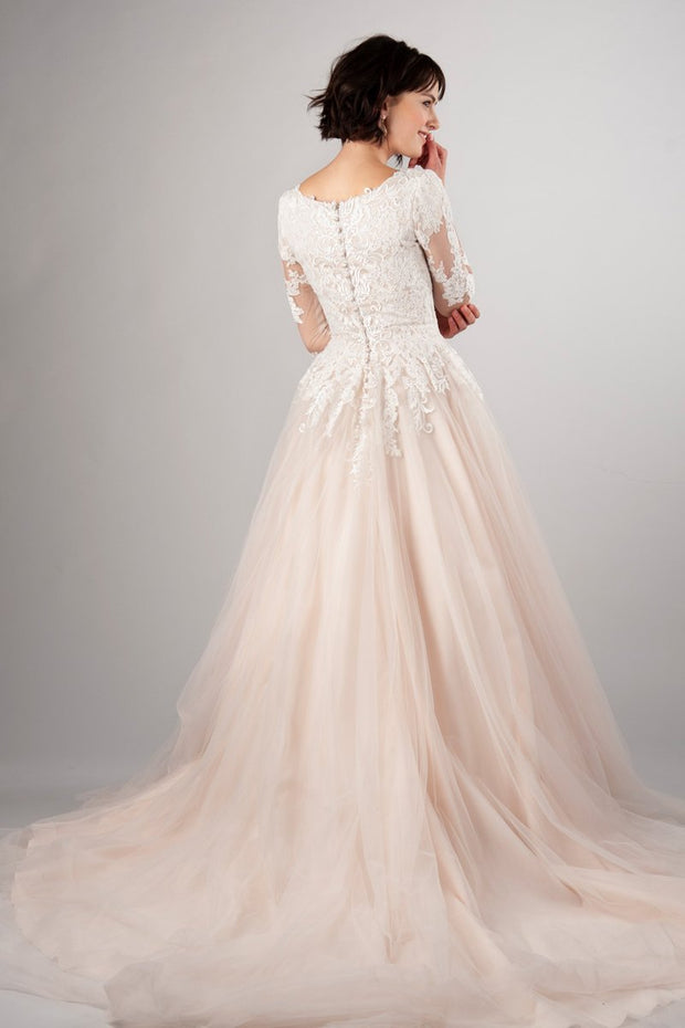 blush-pink-tulle-wedding-dress-with-lace-sleeves-1