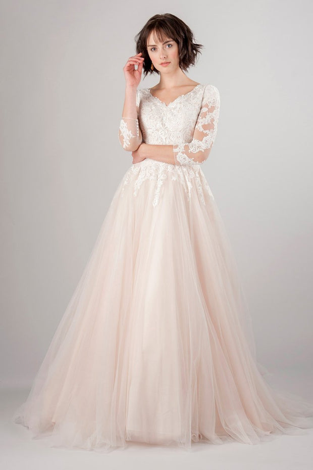blush-pink-tulle-wedding-dress-with-lace-sleeves