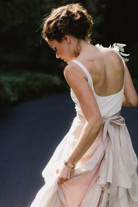 casual-backyard-wedding-dresses-with-irregular-skirt-2