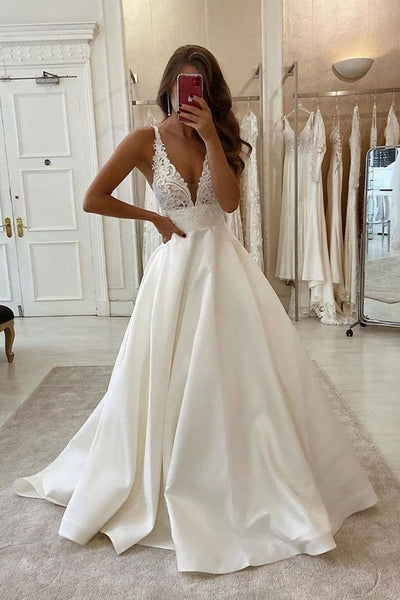 clean-a-line-wedding-gown-with-lace-and-satin