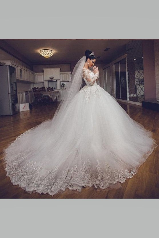 eye-catching-bride-ball-gown-wedding-dresses-lace-long-sleeves-1