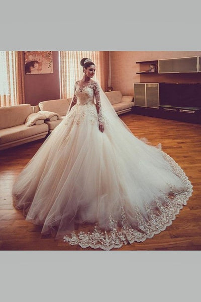 eye-catching-bride-ball-gown-wedding-dresses-lace-long-sleeves