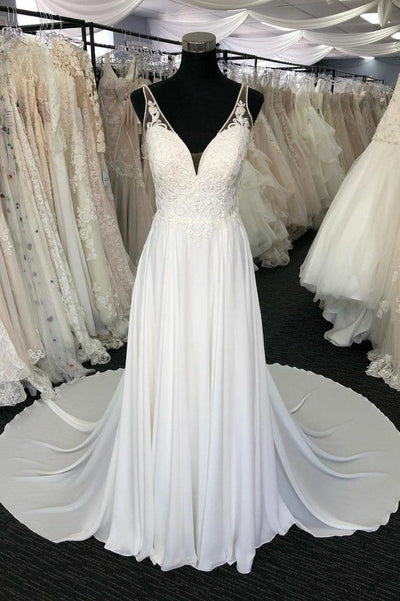 gorgeous-lace&chiffon-beach-wedding-dresses-with-plunging-neckline