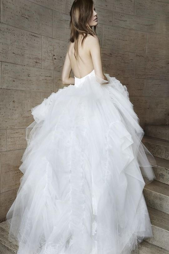 halter-straps-sexy-wedding-dress-with-puffy-tulle-skirt-1