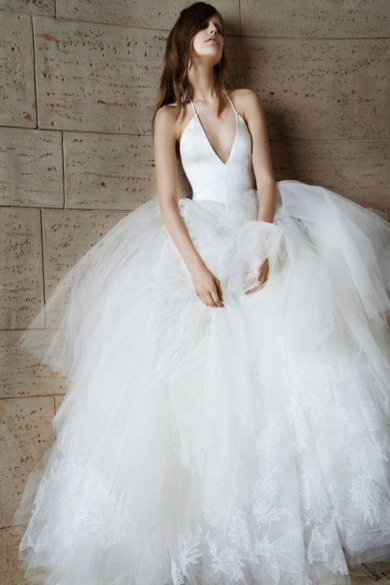halter-straps-sexy-wedding-dress-with-puffy-tulle-skirt