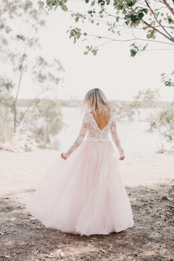 Long Sleeved Wedding Dresses.Ivory Lace Long Sleeved Wedding Gown Light Pink Tulle Skirt
