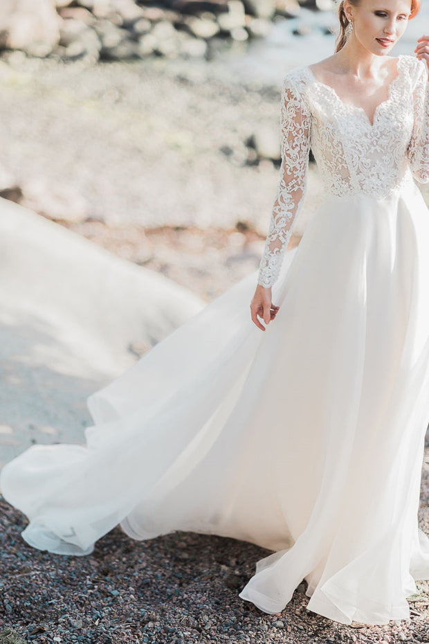 lace-long-sleeve-wedding-gown-with-v-neckline
