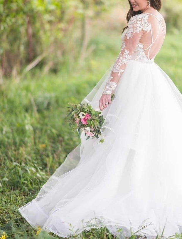Lace Long Sleeves Bridal Gown with Ruffles Tulle Skirt